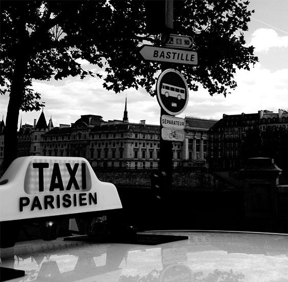 reserver-taxi-paris-aeroport-gares